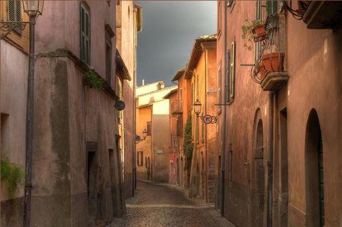 Before the rain - Tuscany, Italy by jujuba