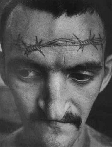 Tattoo 5_un des tatouages dans les prisons ou goulags russes